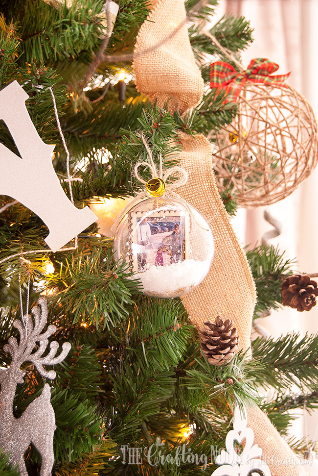diy-memory-keepsake-snow-globe-christmas-ornaments-family