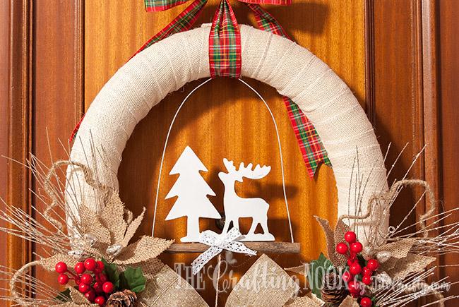 rustic-burlap-christmas-wreath-diy