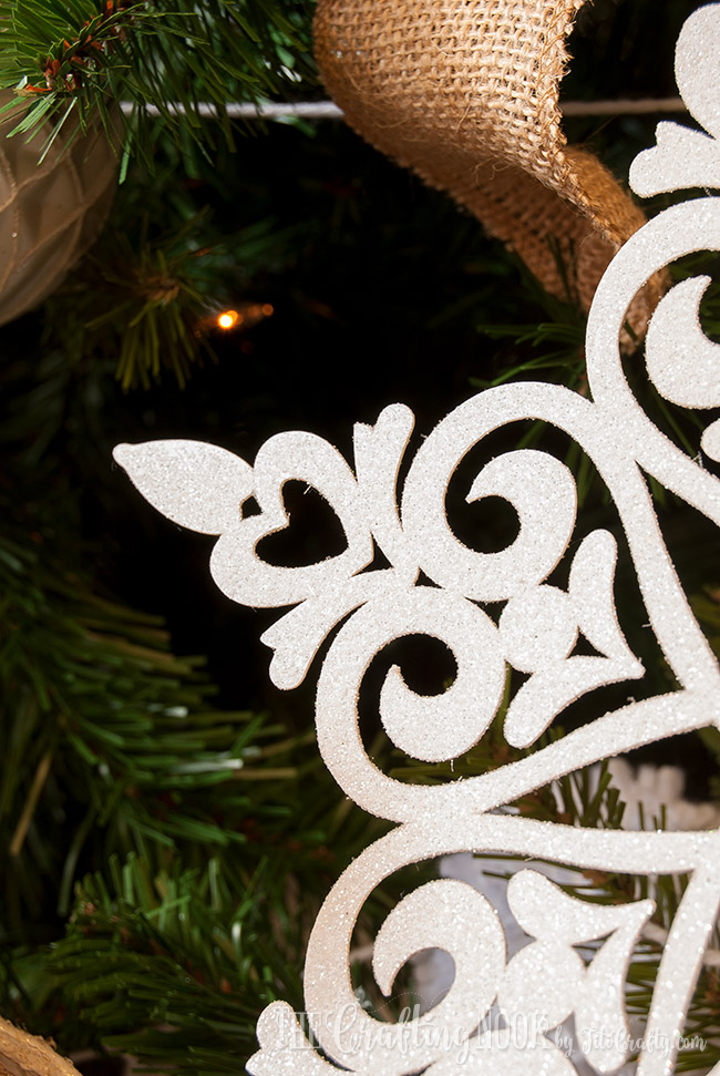 easy-glittered-snowflake-christmas-ornament-shine