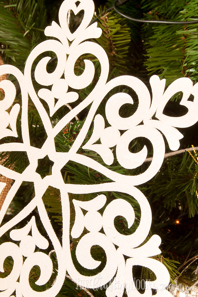 easy-glittered-snowflake-christmas-ornament-sparkly