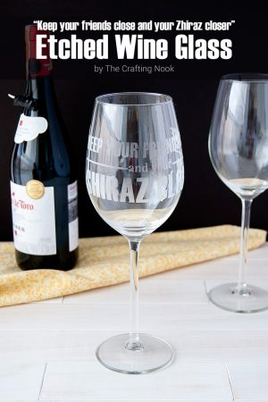Shiraz Etched Wine Glass {Using Silhouette Cameo}
