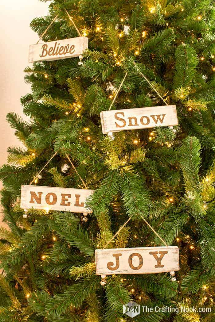 Diy Mini Wood Sign Christmas Ornaments The Crafting Nook