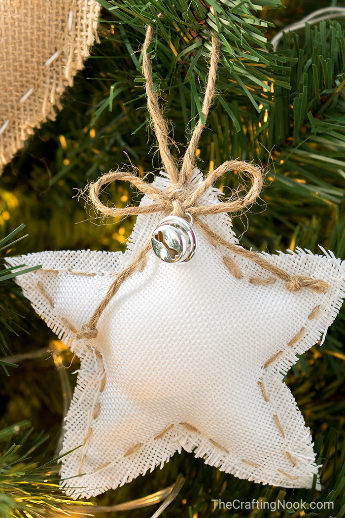 Diy rustic burlap christmas ornaments with video tutorial for Burlap christmas decorations to make