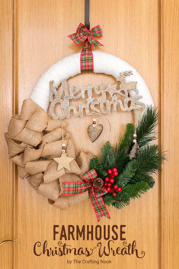 DIY Farmhouse Christmas Wreath