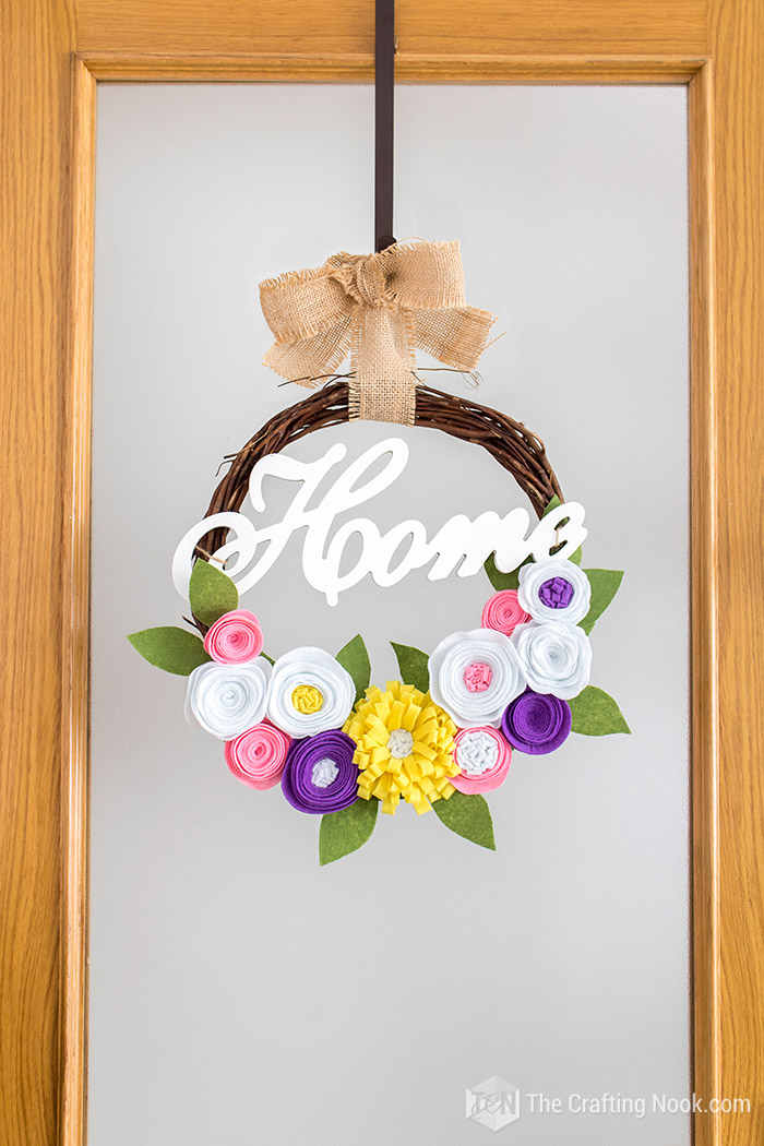 Cute and Easy DIY Rustic Spring Wreath