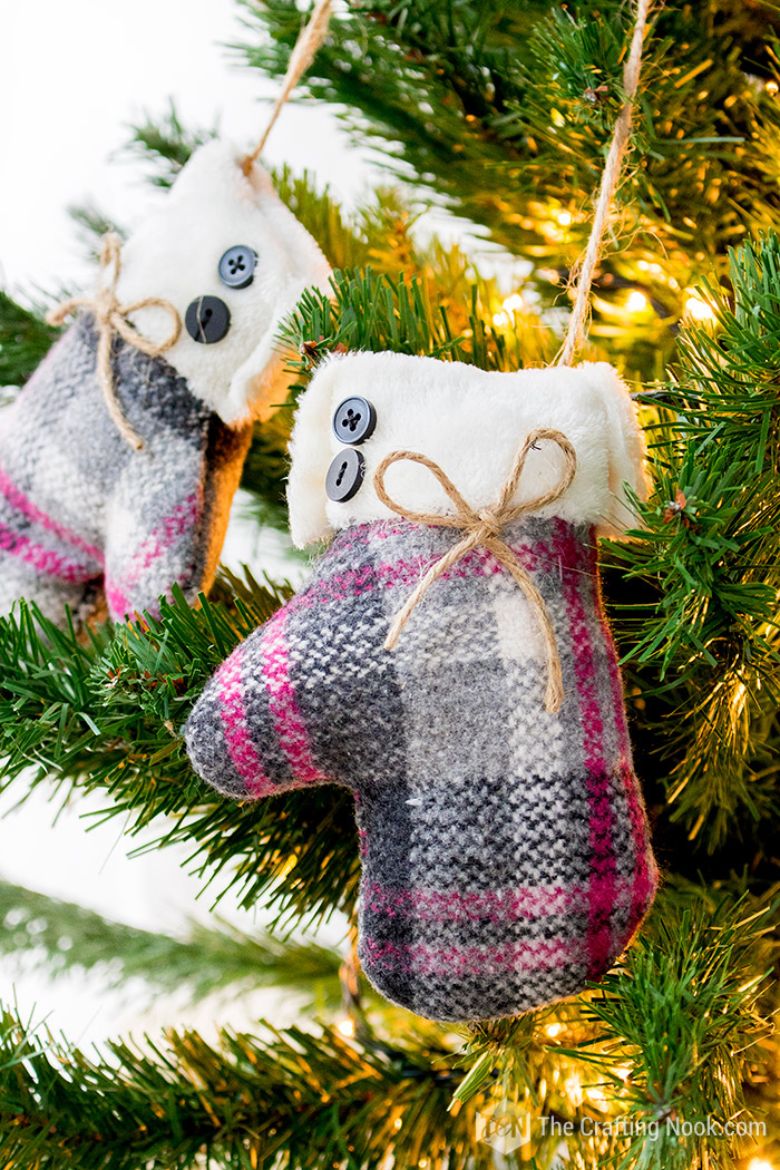 Easy DIY Mittens Christmas Ornament
