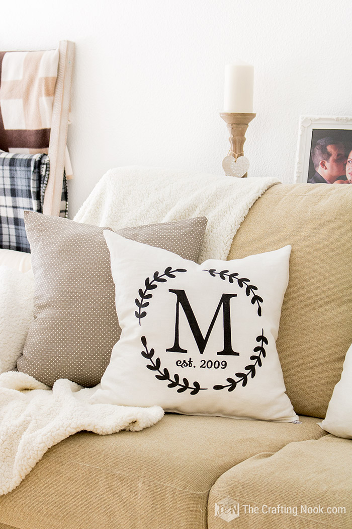 Easy How to Make a Monogrammed Zippered Pillow Cover