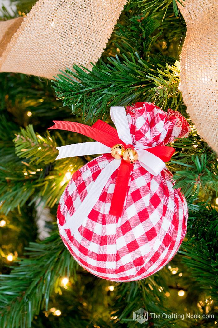 Buffalo Check Christmas Ornaments.Diy Buffalo Check Christmas Ornament Easy Upcycled Fabric