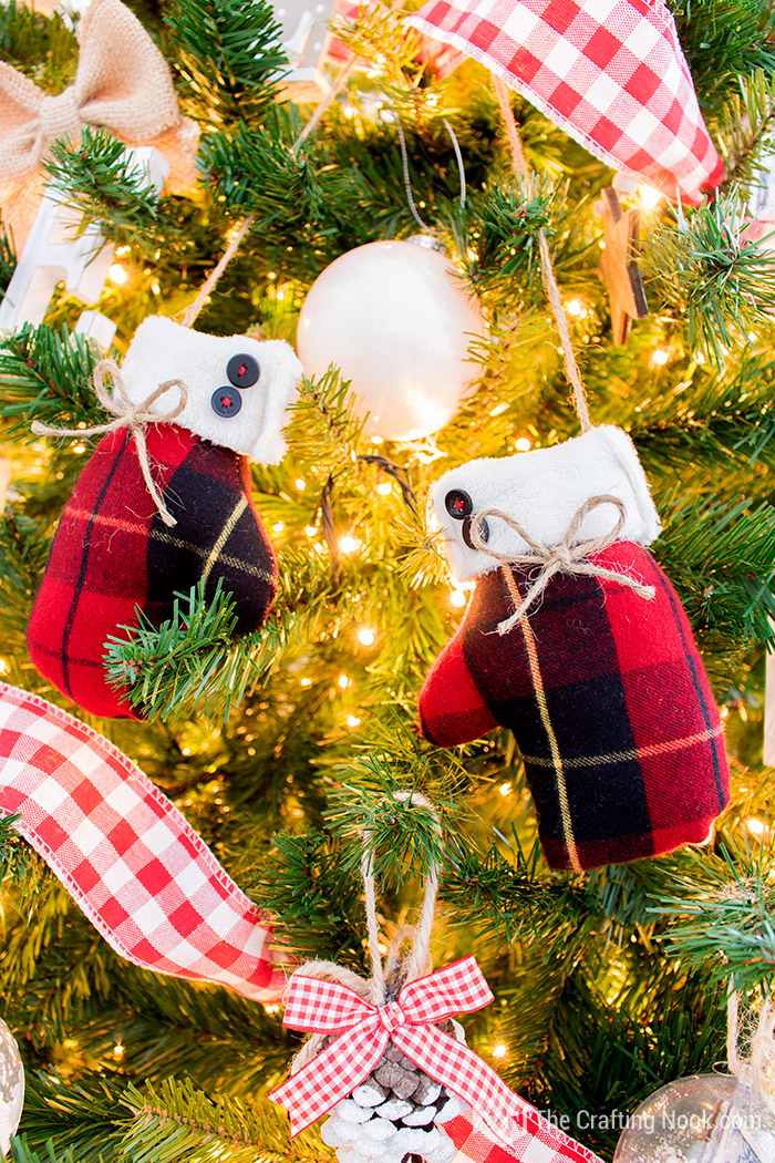 Red and white Buffalo Plaid Christmas Tree