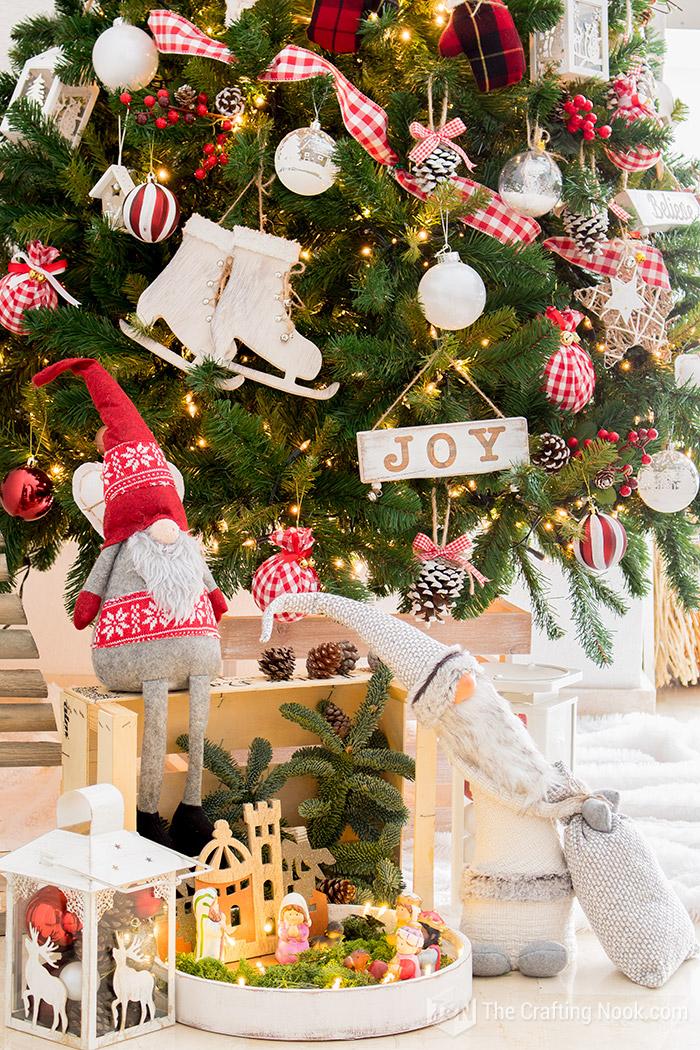 Buffalo Check Christmas Tree Decor.Rustic Red And White Buffalo Plaid Christmas Tree The
