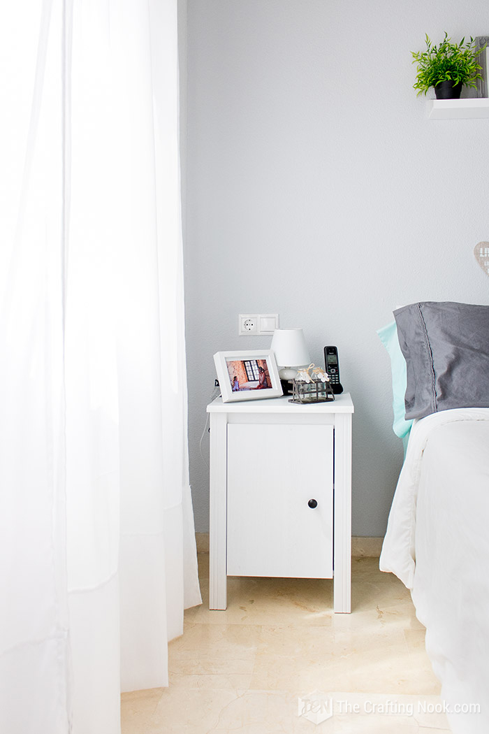 Cozy Bedroom, Night stand decor!