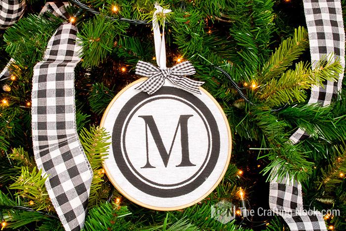 DIY Monogrammed Embroidery Hoop Christmas Ornament Cute