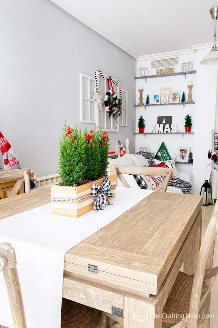 Black and White Buffalo Plaid Christmas Home Tour Dining Room 1