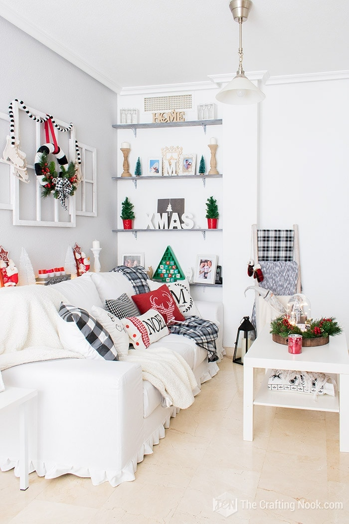 Black and White Buffalo Plaid Christmas Home Tour  Living Room 3