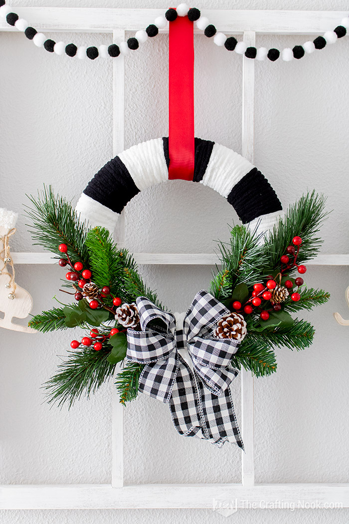 DIY Black and White Buffalo Check Christmas Wreath quick and easy
