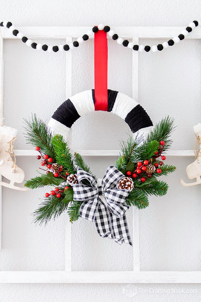 DIY Cute Black and White Buffalo Check Christmas Wreath