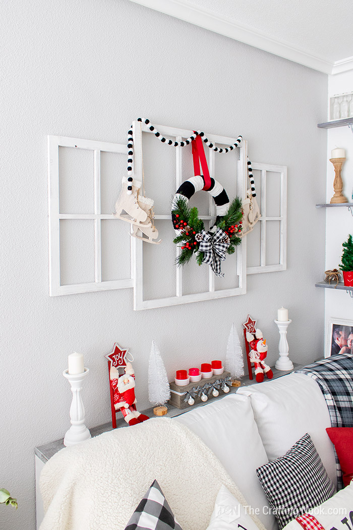 DIY Decorative Black and White Buffalo Check Christmas Wreath