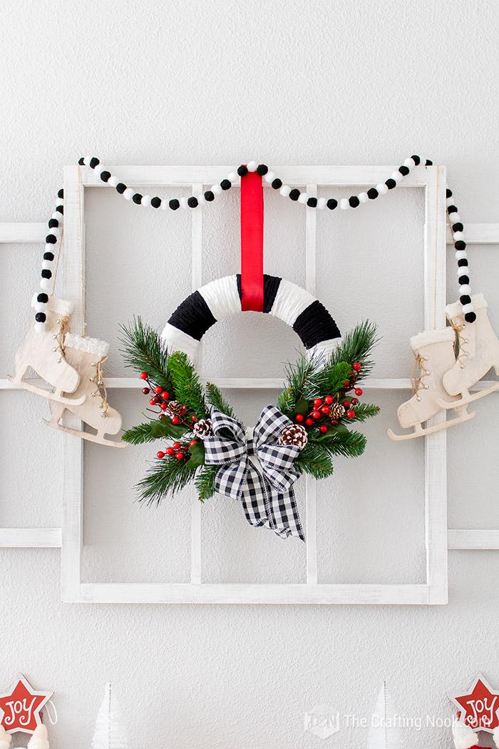 DIY Easy Black and White Buffalo Check Christmas Wreath