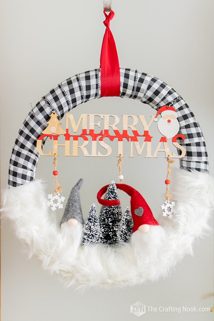 DIY Easy Buffalo Check Gnomes Christmas Wreath