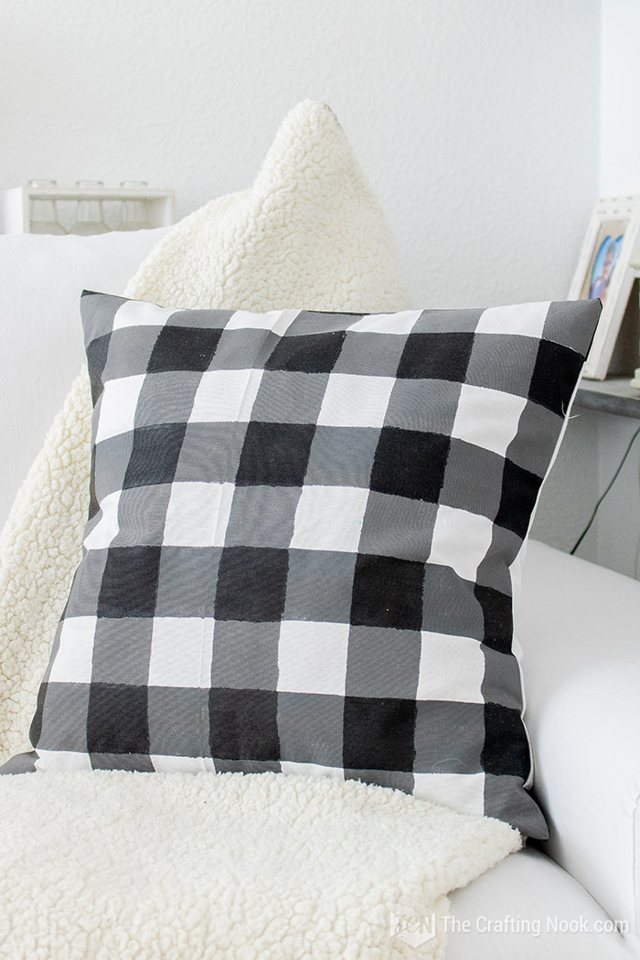 How to Paint Buffalo Check on Fabric Easy
