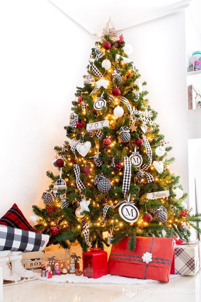 Pretty Black and White Buffalo Check Christmas Tree