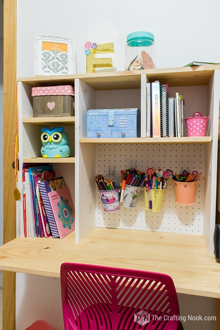 DIY Floating Desk for Kids with storage space