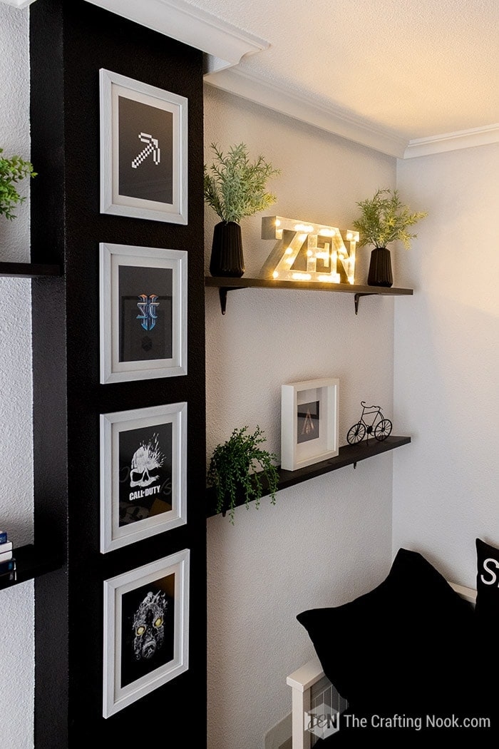 Wall and shelving decoration in the gamer room decor